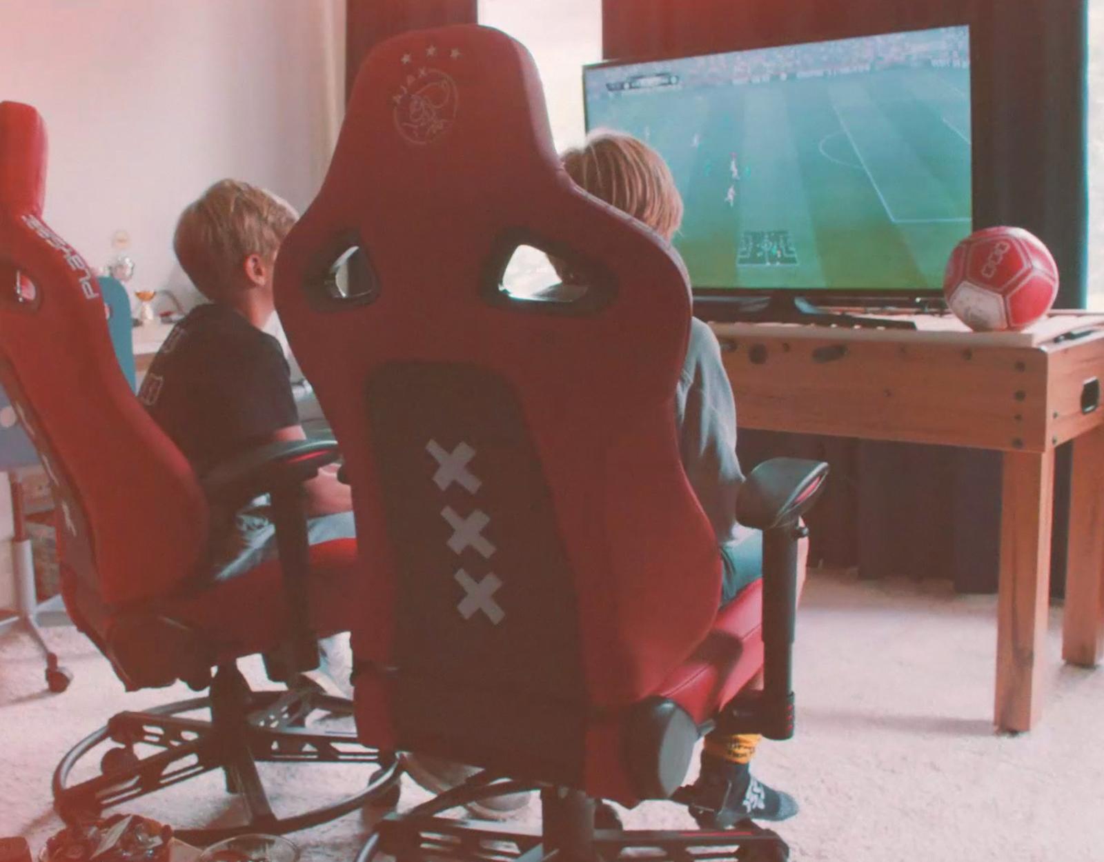 Ajax_Playseat_4