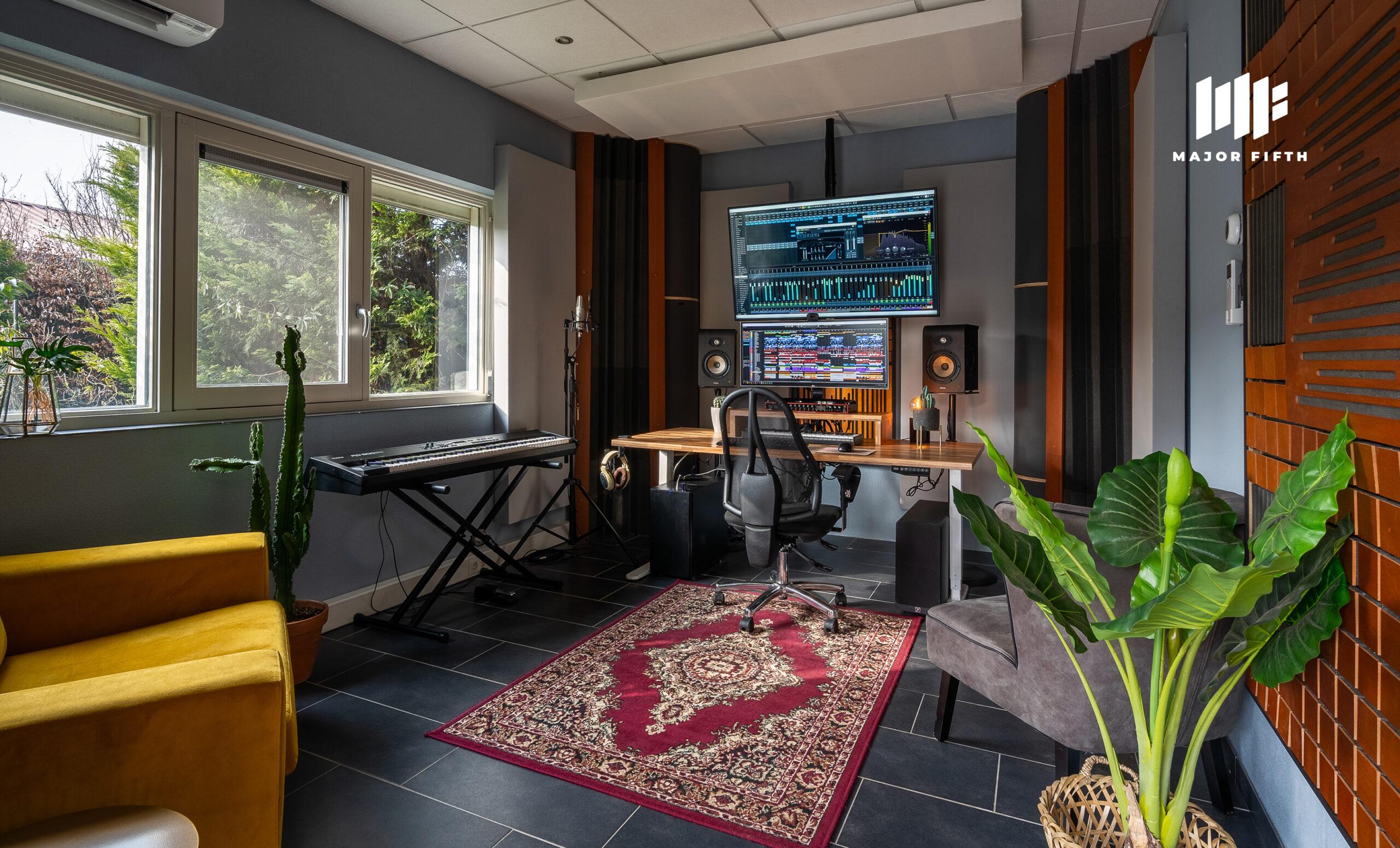 Studio-1-B